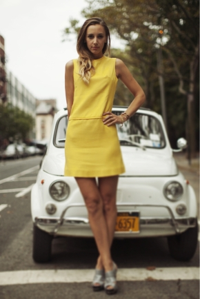 megan-collins-style-girlfriend-street-style-yellow-dress